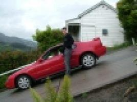 DunedinBaldwinStreet_Parked_Car.jpg