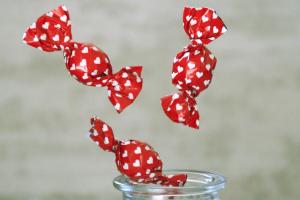 snoepjes met een rode wikkel