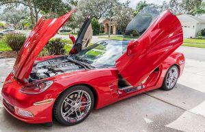 dure rode sportwagen