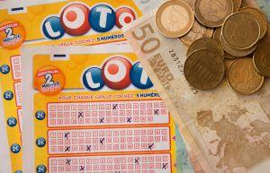 Lottoformulieren en geld