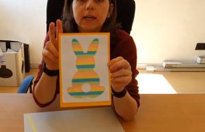 screenshot video : mevrouw met geknutselde paashaas