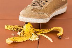 voet boven bananenschil