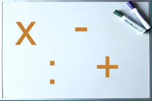 whiteboard met + - x :