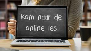 Laptop met op het scherm Kom naar de online les