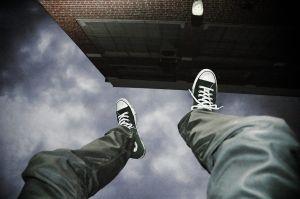 zwaartekracht doet een mens vallen