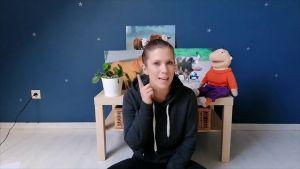 Screenshot video juf Jessica met Jules en enkele afbeeldingen boerderijdieren