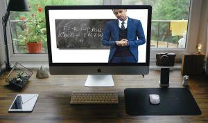 Afbeelding  van een leerkracht op een computerscherm