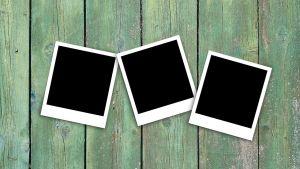 drie zwarte polaroids