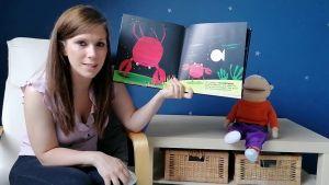 Screenshot video Juf Jessica toont het boek