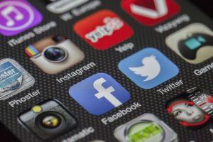 scherm met apps voor sociale media