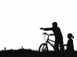fiets en jongen en meisje