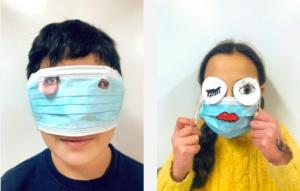 screenshot met twee kinderen die een mondmasker dragen en knipsels gebruiken om zich te vermommen