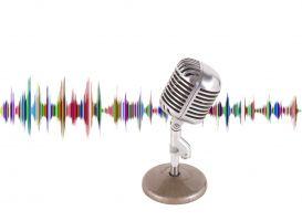 microfoon met geluidsgolven achter