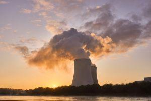 koeltoren van een kerncentrale