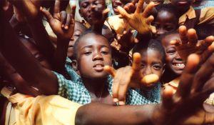kleine Afrikaanse kinderen