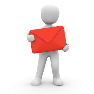 mannetje met een rode brief