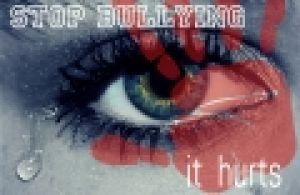 oog met een rode hand voor en stop bullying
