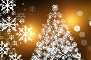 kerstboom gemaakt van sneeuwvlokjes
