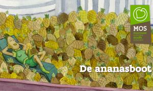 personage ligt temidden van berg ananas