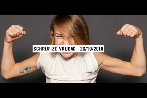 vrouw toont haar spieren