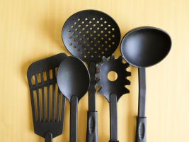 kitchen utensils such as ladle and skimmer
