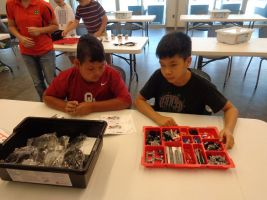 Pupils at work with LEGO Mindstorms EV3