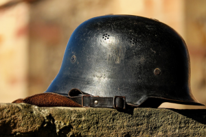 helm van een soldaat