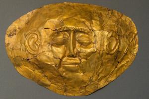 dodenmasker in goud