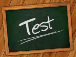 Het woord Test op een krijtbord