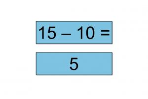 Kaartje met 15-10 en kaartje met 5
