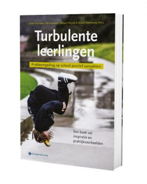 Cover book Turbulent students