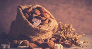 De zak van Sinterklaas vol met snoepgoed