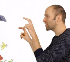 Man die gebarentaal doet - screenshot