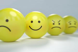 Smileys met verschillende emoties