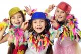 meisjes vieren carnaval