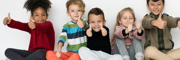 kinderen duimen