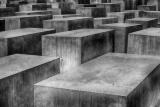 holocaust-1621728_1280
