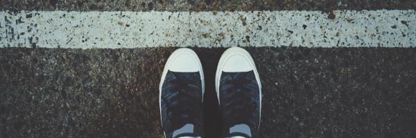 Schoenen aan de startlijn.