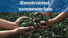 Constructief samenwerken / constructieve samenwerking : samenwerkende handen